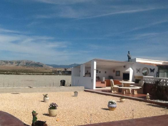 Villa in Villena, Alicante
