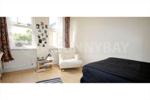 2 bedroom Flat in Talgarth Road, London...