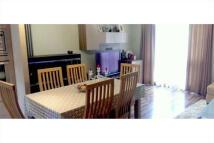 Flat to rent in Benham Close, London...