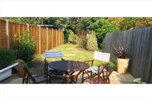 1 bed Ground Flat in LONGLEY ROAD, London...
