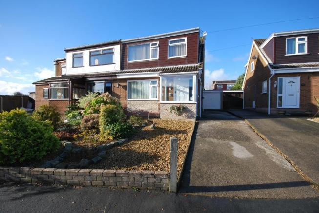 3 bedroom semi detached house for sale in summit drive