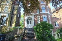 2 bedroom Flat for sale in Manor Park, London