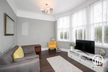 1 bed Flat to rent in Manor Park, Hither Green...