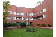 3 bedroom Apartment in 375 Old Kent Road ...