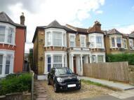 Maisonette in Hurstbourne Road, London...