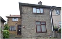 3 bedroom Terraced house to rent in Tilney Road