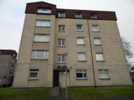 Flat to rent in Jerviston Court...