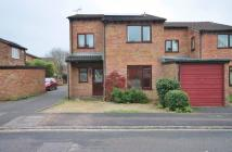 4 bedroom home to rent in Mattock Way, Oxon