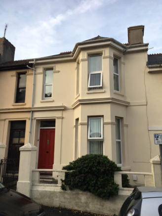 4 BED STUDENT HOUSE