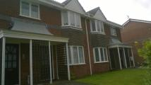 2 bedroom Flat to rent in Clover Avenue, Stockport...