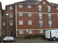 Flat in Otter Close, London, E15