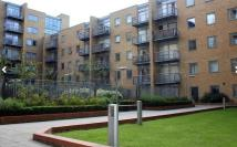 Apartment to rent in Cassilis Road, London...