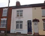4 bed Terraced property in Moore Street...