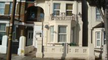 4 bed Flat to rent in Griffin Road, Plumstead