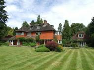 6 bed Detached home to rent in Walton On The Hill