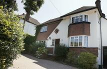 4 bedroom Detached property to rent in Banstead