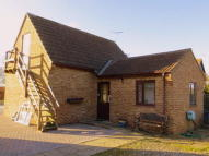 Detached Bungalow in Broad Lane...