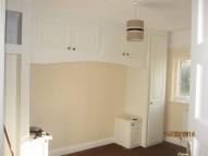 Flat to rent in Pinner HA5