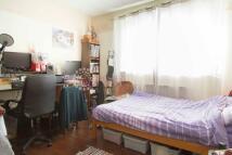 2 bedroom Ground Flat to rent in HIGHBURY GROVE, London...
