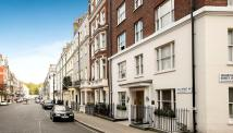 2 bedroom Flat in Hill Street, Mayfair, W1J