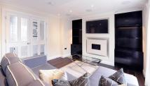 2 bedroom Apartment to rent in Peony Court Apartments...