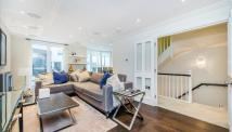 3 bed house to rent in Park Walk, Chelsea, SW10