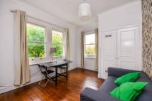 Flat in Fulham Road, Chelsea, SW3