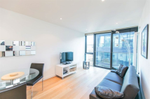 1 bed Apartment in Landmark West Tower...