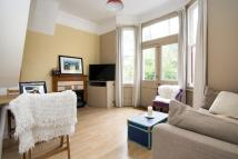 Flat in Chadwick Road, London...