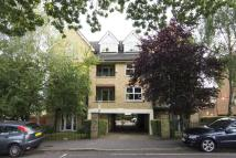 Laurel Mead Court Flat to rent