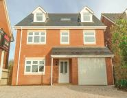 6 bed Detached home to rent in Lawrence Crescent, NP26