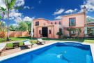 6 bedroom Villa for sale in Costa del Sol, Estepona...
