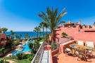 4 bed Penthouse for sale in Costa del Sol, Estepona...