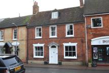 4 bed Town House in Church Street...