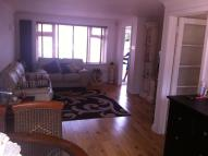 3 bed semi detached property to rent in MILL CLOSE, West Drayton...