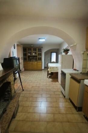Kitchen- stone arch