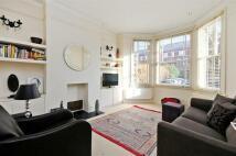 2 bedroom Flat in Salusbury Road, London