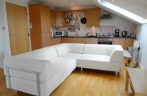 2 bed Flat to rent in The Green...