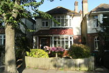 1 bed Flat to rent in WISH ROAD, Hove, BN3 4LN