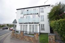 Flat to rent in The Octagon, Bude...