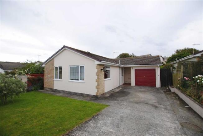 2 bedroom detached bungalow to rent in bede haven close, bude ...