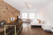 Apartment in Fuller Close, Shoreditch...