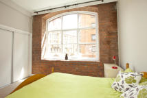 2 bed Apartment in Warehouse One...