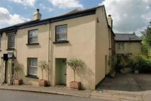 semi detached home to rent in Oakfield Road...