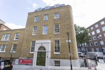Apartment to rent in John Street, Bloomsbury...
