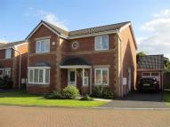 Detached house in Mayfield Close...