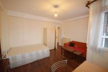 Flat to rent in Crowndale Court...