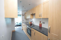 1 bed Flat to rent in Oakshott Court...