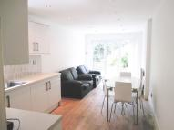 property to rent in 16 Douglas Road, London