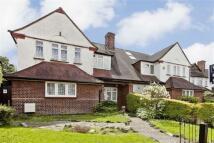 4 bedroom semi detached property in Wessex Gardens...